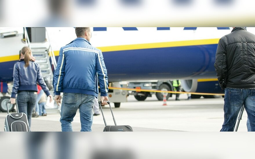 """Šiemet """"Ryanair"""" per Vilnių įsipareigojo skraidinti 250 tūkst. keleivių"""