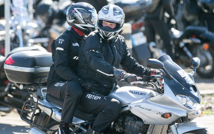 """Kultūrinis motociklininkų ralis """"BMW Mototourism Sprint"""""""