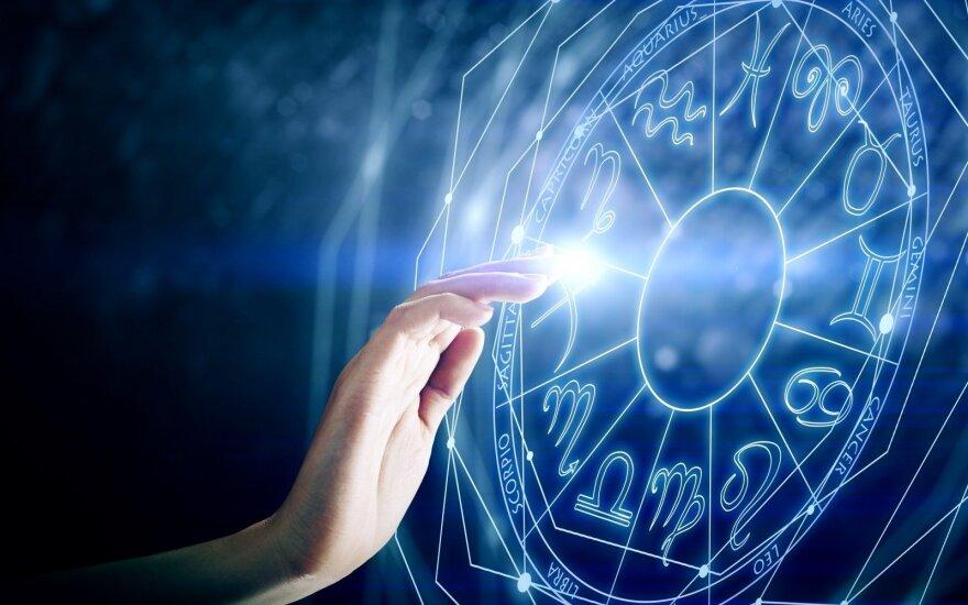 Astrologės Lolitos prognozė liepos 13 d.: emocinga dalinio Saulės užtemimo diena
