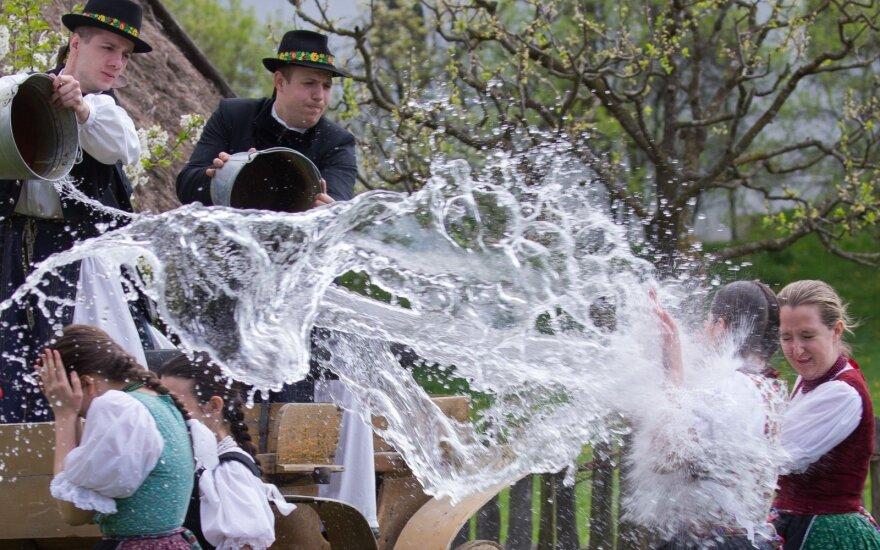 Top 8 linksmiausios Velykų tradicijos
