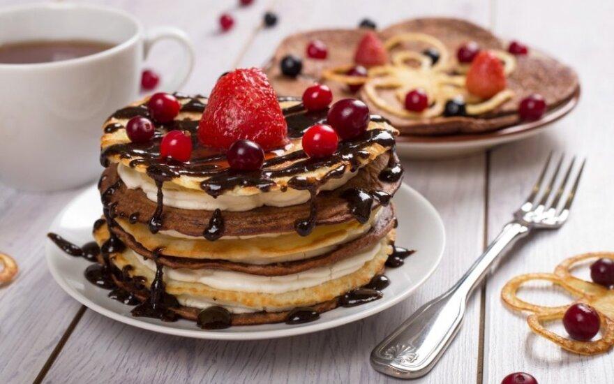 PATIKS VAIKAMS: blynų tortas