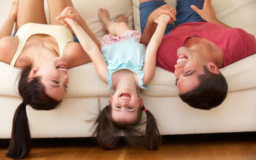 Pats tikriausias trikampis - mama, patėvis ir vaikas: kaip pagerinti santykius