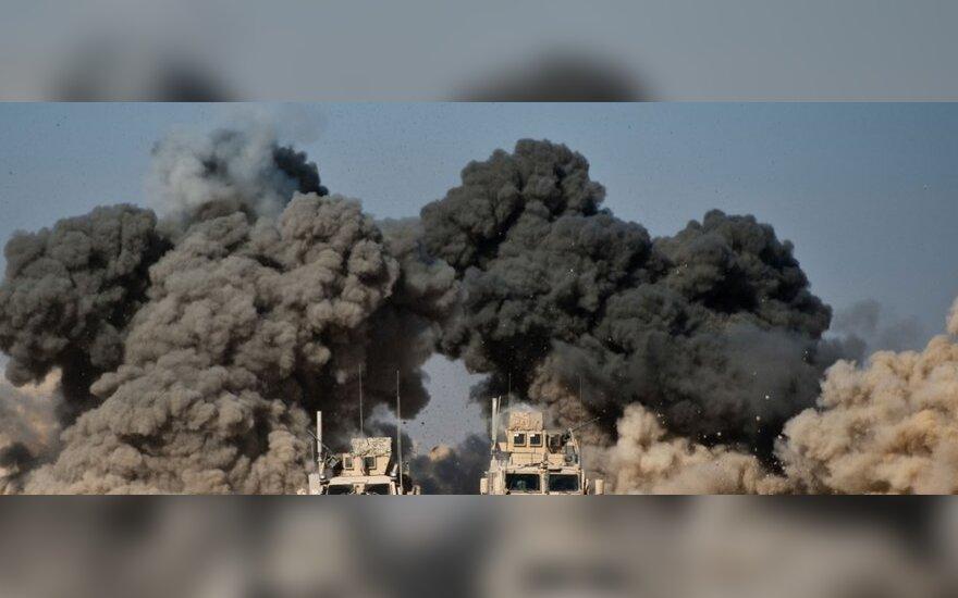 JAV pajėgos Afganistane surengė smūgį prieš Pakistano Talibano vadovą