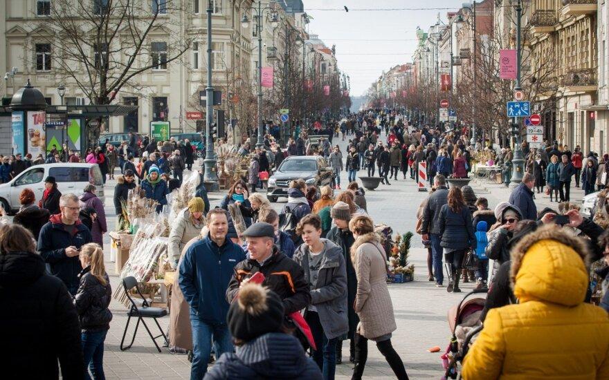 Į Vilniaus gatves atkeliavo pavasaris