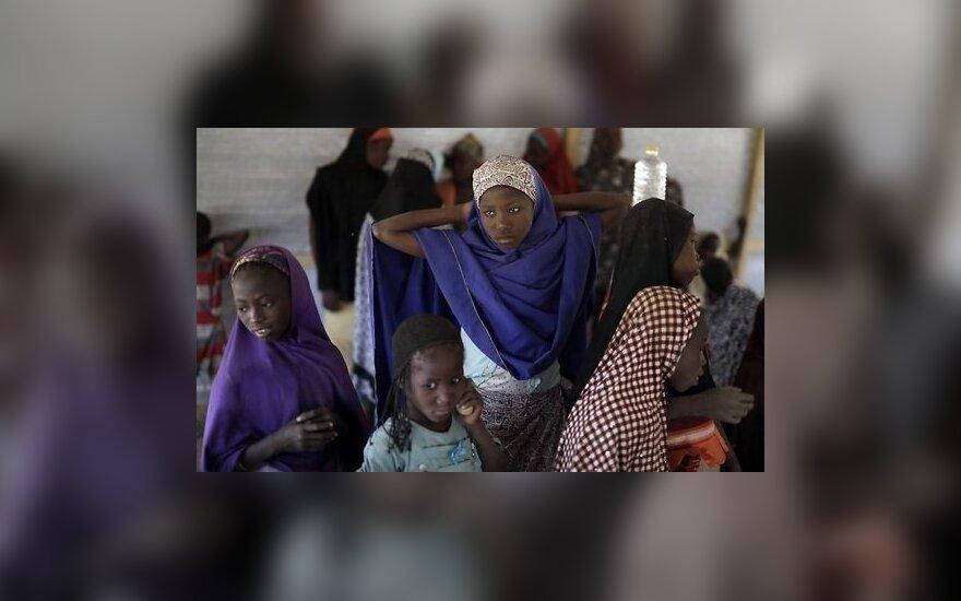 Nigerijoje susisprogdinus dviem mirtininkams žuvo 9 žmonės