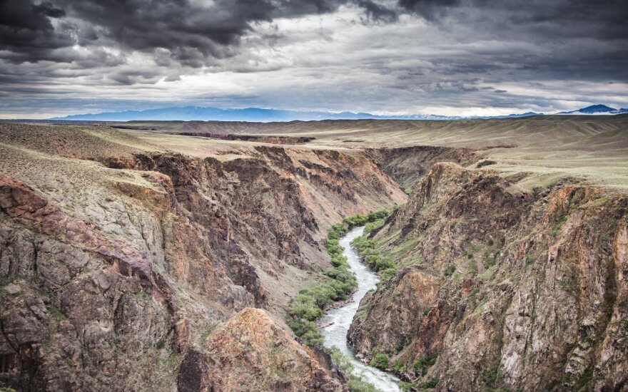 Upėmis po Kazachstaną keliavęs lietuvis: medaus mėnesiui – ideali vieta