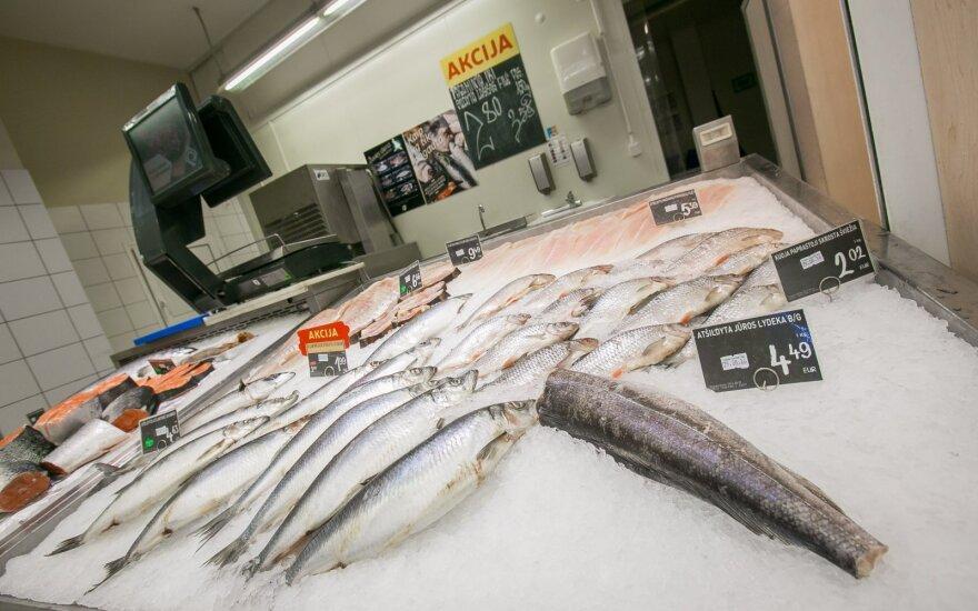 """Nuo pirmadienio """"Maxima"""" atsisakė 104 gyvų žuvų akvariumų"""