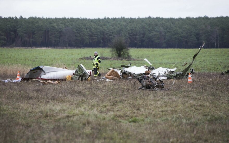 Vokietijos rytuose nukritus lengvajam lėktuvui žuvo du žmonės