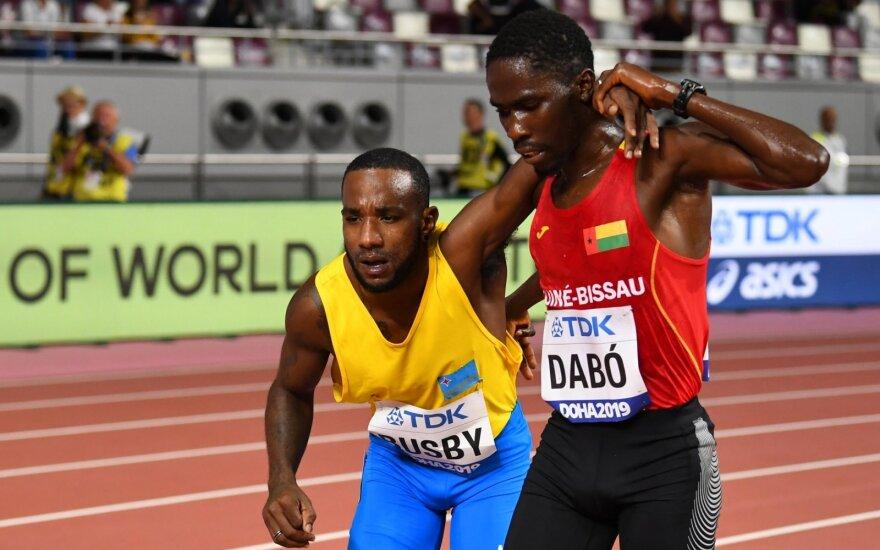 Jonathanas Busby (kairėje), Braima Suncaras Dabo