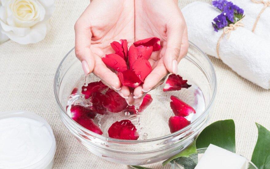 Rožių vanduo