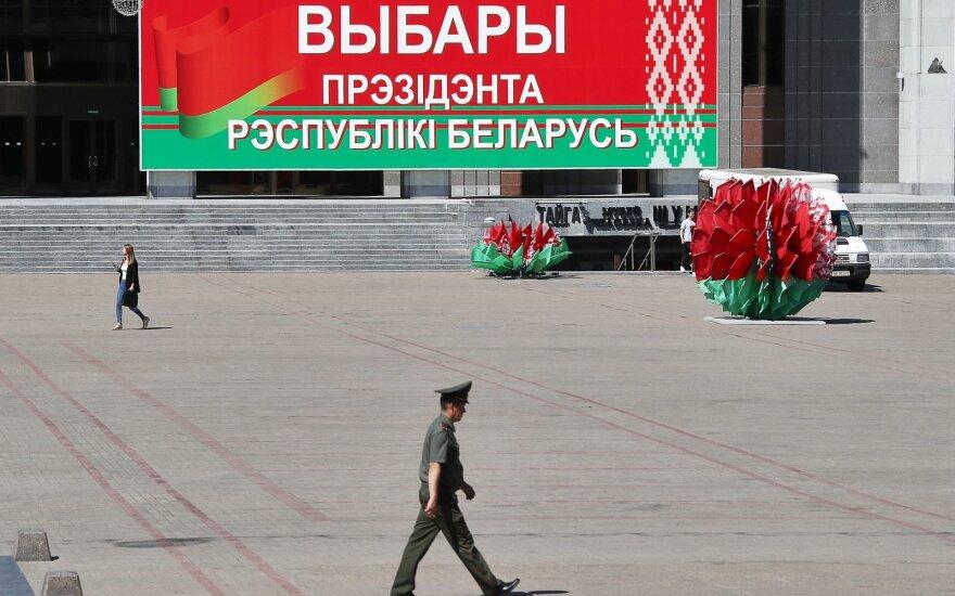 """Paryžius, Berlynas ir Varšuva ragina Baltarusiją surengti """"laisvus ir sąžiningus"""" rinkimus"""