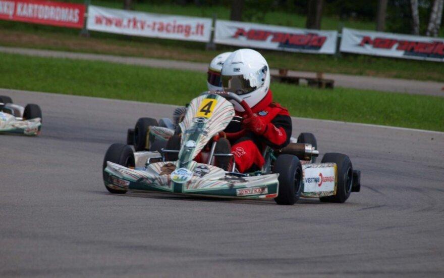"BMW ""Formulės Mini"" kartingo kvalifikacija"