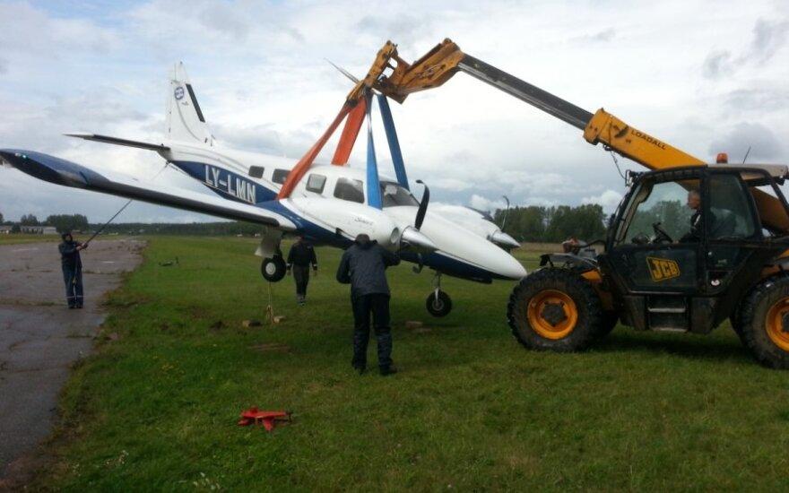 Kyviškėse į avariją pateko lėktuvas - aplinkybės kurioziškos