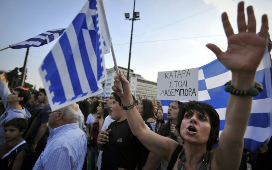 Graikijos finansų ministras nesutiko su naujais TVF reikalavimais dėl taupymo priemonių