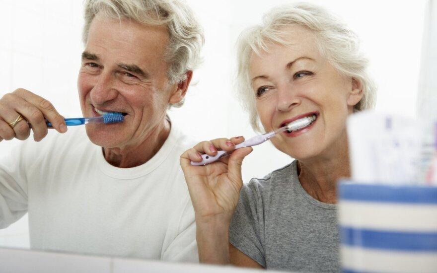 Senjorų dantys
