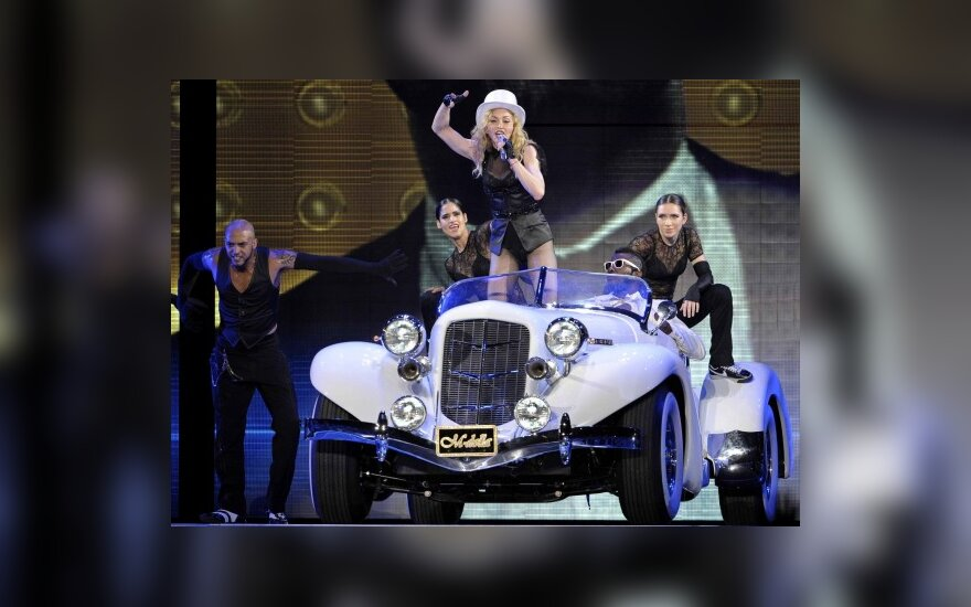Madonna ir jos automobiliai