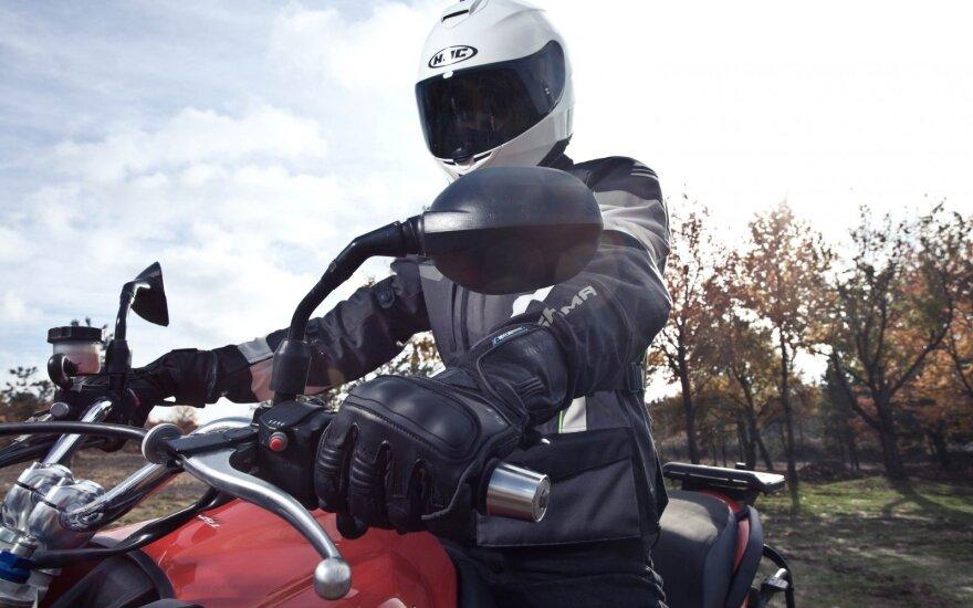 Pusė Lietuvos motociklininkų daro vieną itin pavojingą klaidą