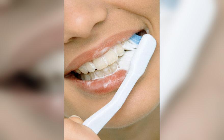 Dantys, burnos higiena