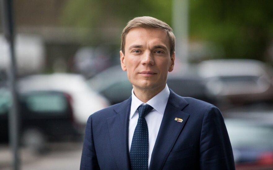 Mindaugas Puidokas. Energetikos ministras Seime stumia leidimą teršti žemės gelmes ir vandenis