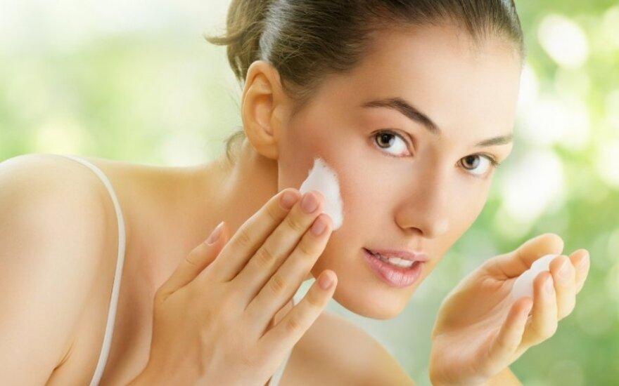 Grožio atmintinė rudeniui: 5 būtini įpročiai, besirūpinantiems oda