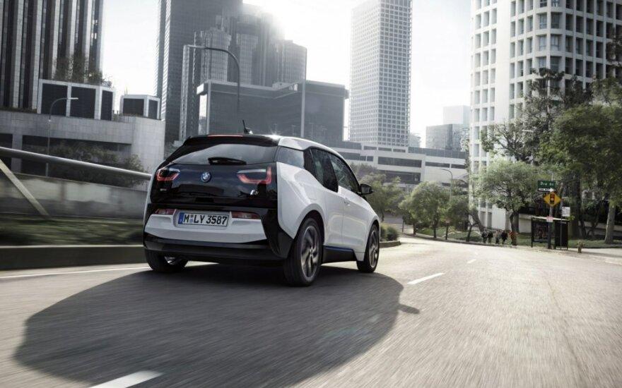 BMW kurs autonominius automobilius