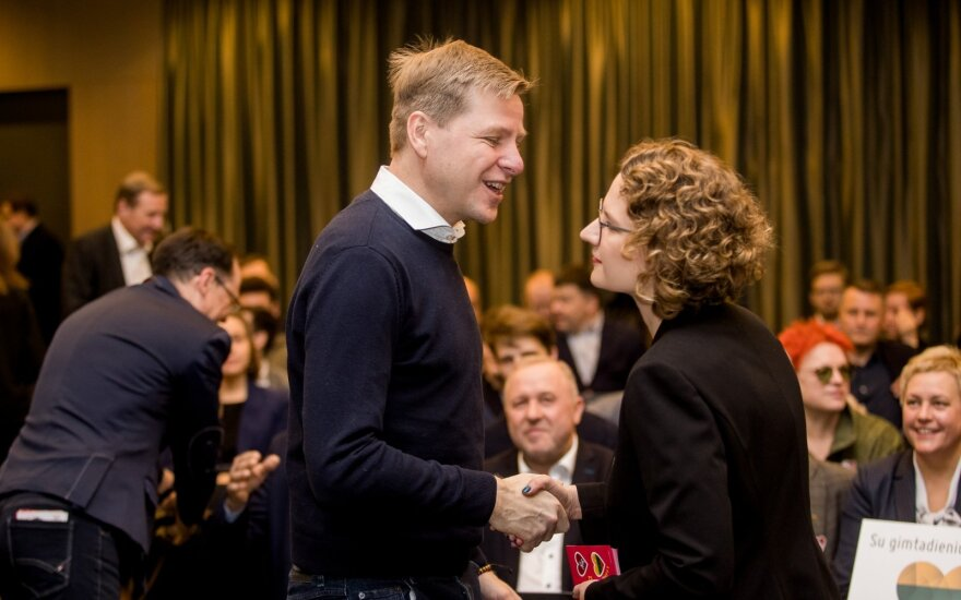 """Laisvės partija pristatė """"Naująjį ekonomikos planą"""" ir rinkimų į Seimą reitingavimo tvarką"""