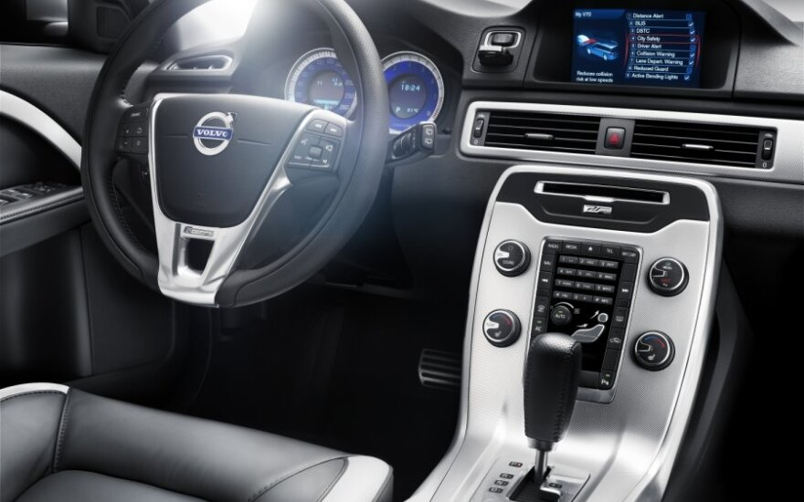 """Volvo"" vizija: automobiliu bus galima rezervuoti staliuką restorane"