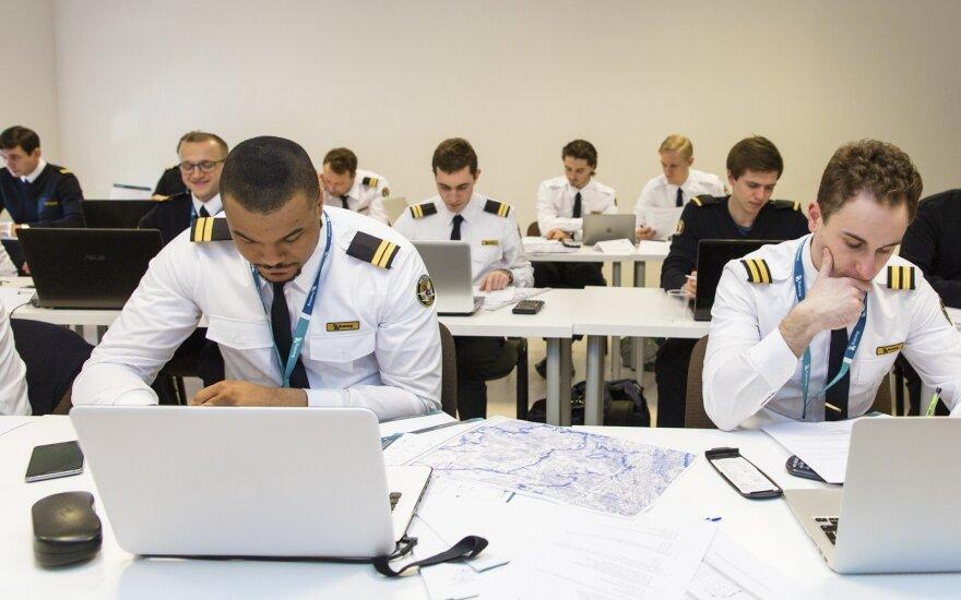 Pilotų mokymai / BAA Training nuotr.