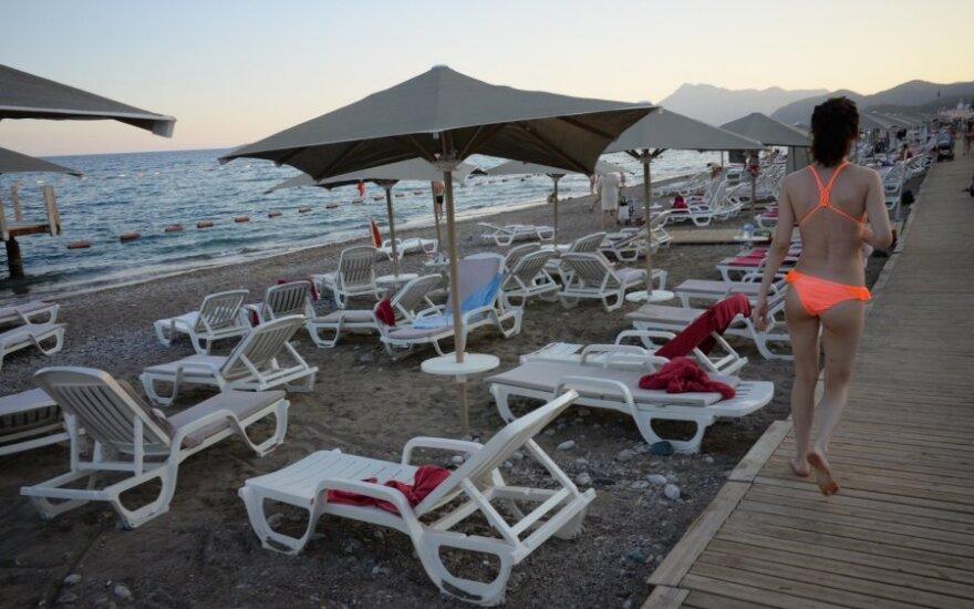 Nugirsti lietuvių skundai Turkijoje prajuokino: atrodė, kad taifūnas siautė