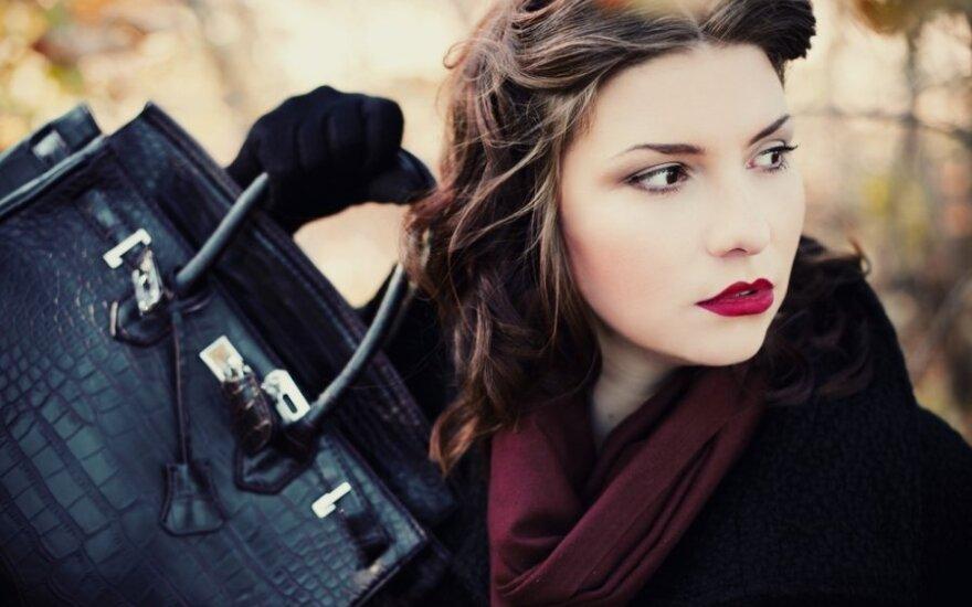 Ar stilinga rankinė būtinai turi būti brangi?