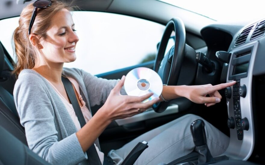 Muzika automobilyje