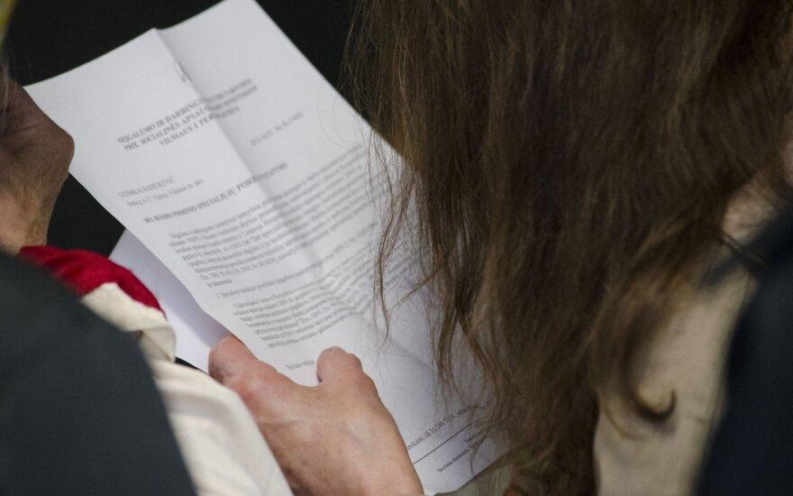 Moteris su keturiais vaikais – apie skaudžią patirtį ieškant darbo: tokie žmonės darbdaviams nereikalingi