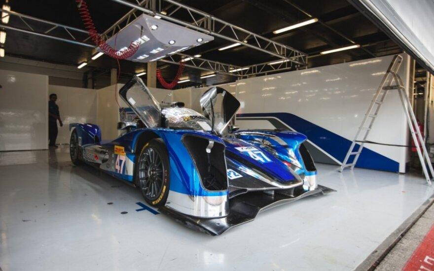 SVK by Speed Factory komanda ruošiasi startui Silverstone trasoje