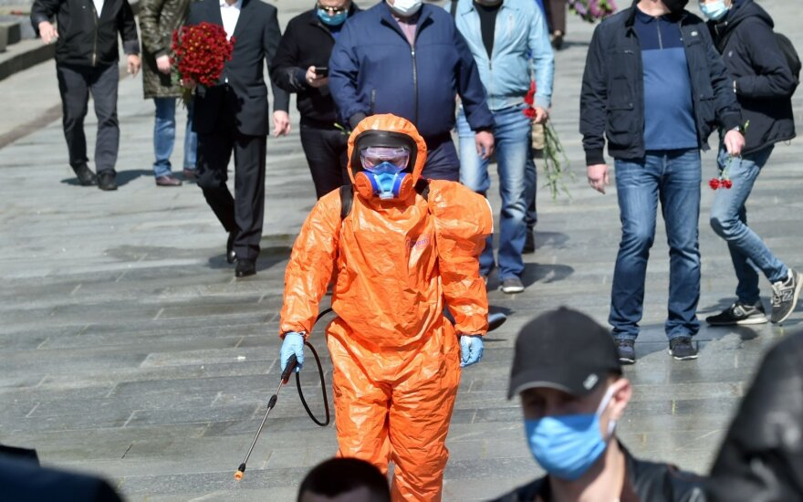 Ukrainoje pradėtos švelninti karantino priemonės