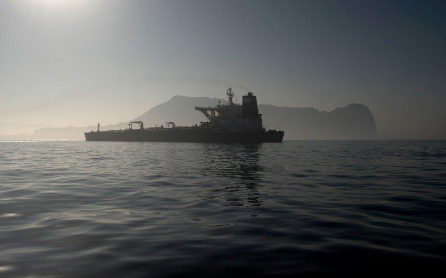 Gvinėjos įlankoje piratai užpuolė Didžiosios Britanijos kompanijos tanklaivį