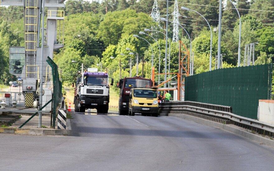 Atidarytas atnaujintas tiltas per Kauno hidroelektrinę