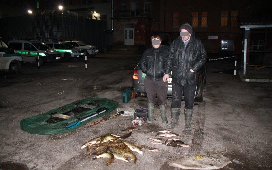 Elektra žuvis gaudžiusiems vyrams gresia laisvės atėmimas