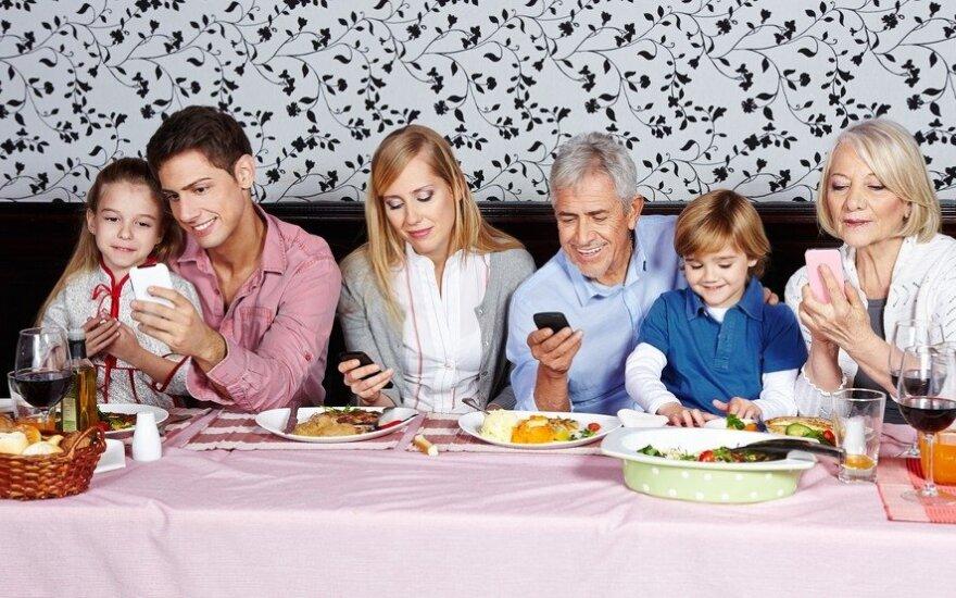 Vardan vaikų šeima nusprendė atsisakyti išmaniųjų prietaisų. Kas pasikeitė?