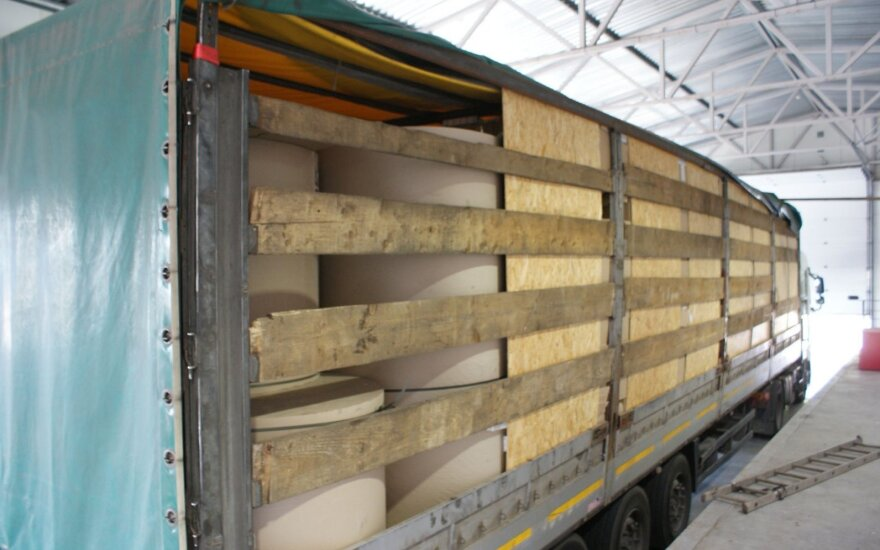 Šalčininkų muitininkai pasidarbavo: sulaikė beveik 1,5 mln. eurų vertės kontrabandą