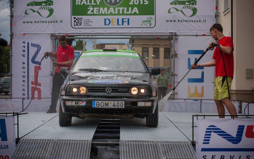 N40 vyrų klubo sukonstruota ralio mašinų SPA