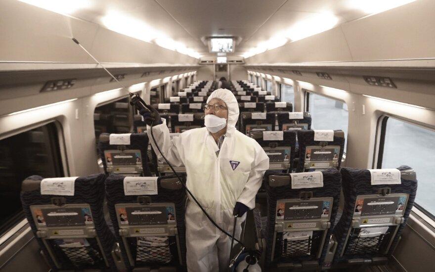 JAV leido Honkongo konsulato darbuotojams išvykti dėl koronaviruso grėsmės