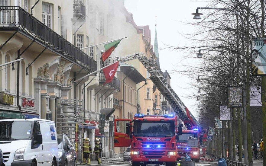 Stokholme per gaisrą pastate, kur įsikūrusios trys ambasados, nukentėjo du žmonės