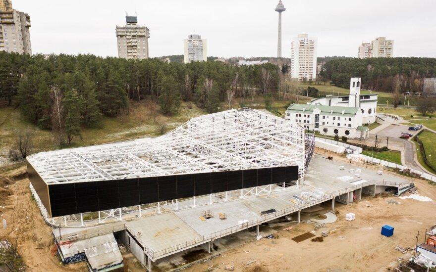 Stringantis projektas: inicijuoja naują konkursą baigti Lazdynų baseino statyboms
