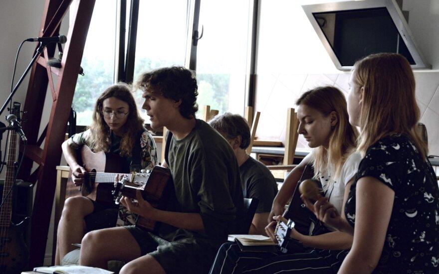 Jaunųjų dainų autorių kūrybinė stovykla