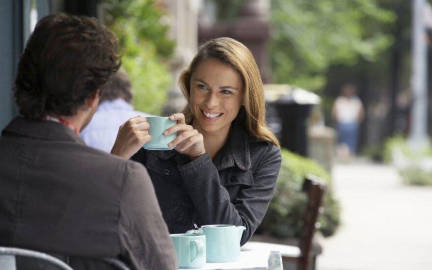 Apie populiarėjantį vyrų ir moterų santykių tipą: laimės tai neatneša