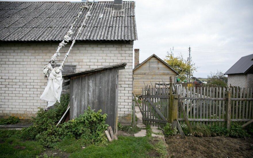 EK ragina Lietuvą greičiau panaikinti lauko tualetus miesteliuose