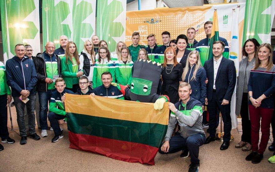 Sportininkus į jaunimo olimpines žaidynes išlydėjo ir ministrė, ir elitiniai šalies atletai