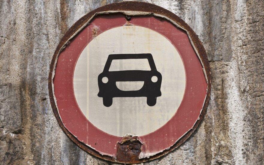 Sostinės vairuotojams teks apsišarvuoti kantrybe – dvi savaites laukia spūstys svarbioje gatvėje