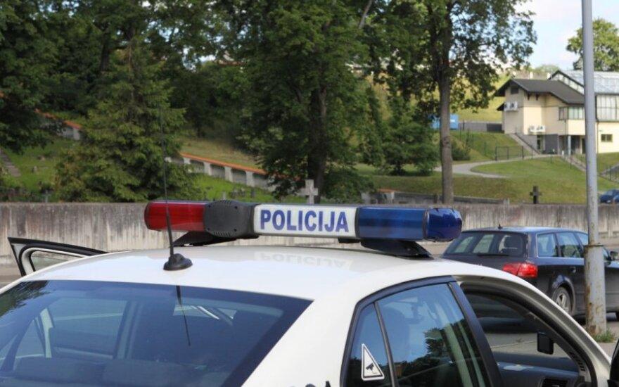 Vairuotojas įtūžo dėl pareigūnų elgesio