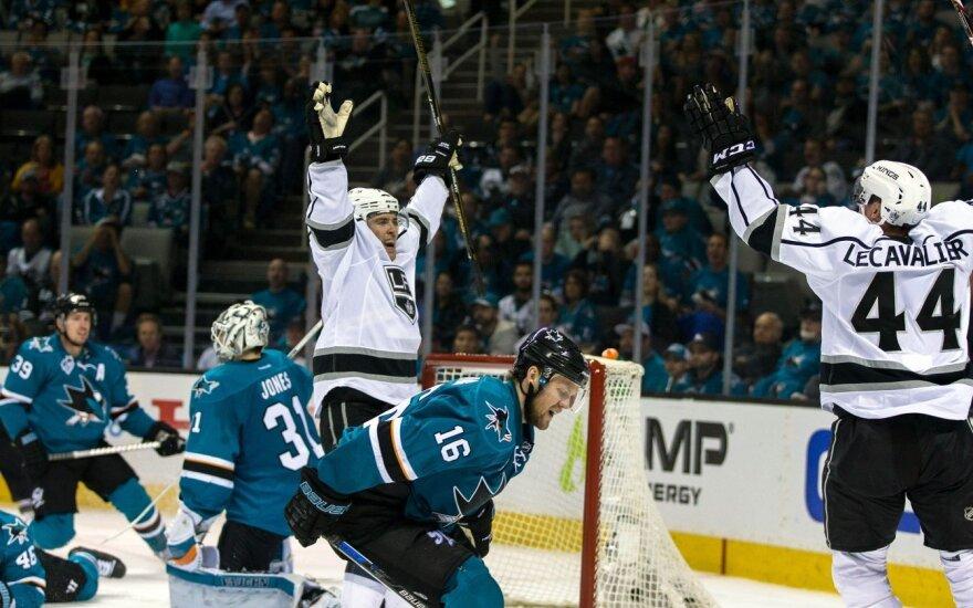 "NHL atkrintamosiose – ""Sharks"" be D. Zubraus nesėkmė"